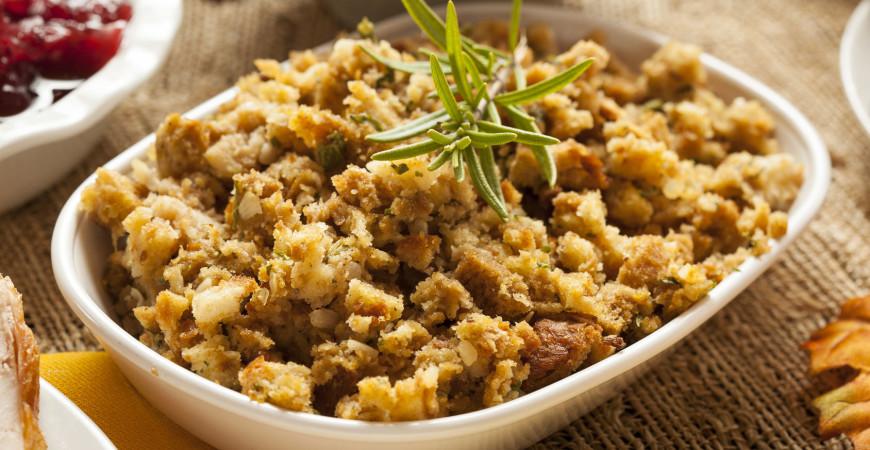 Thanksgiving Recipe: Sausage and Cornbread Stuffing